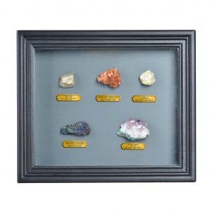 Cornice In Legno Con Minerali Assortiti