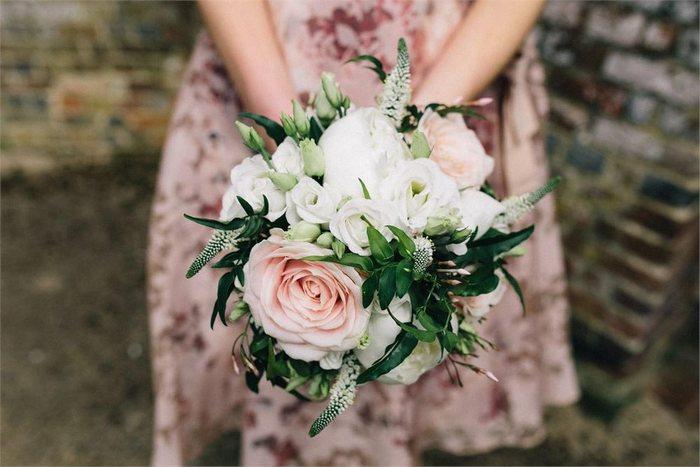 Bouquet Sposa Per Settembre.Sposarsi A Settembre Quali Fiori Offre La Stagione Floradecor